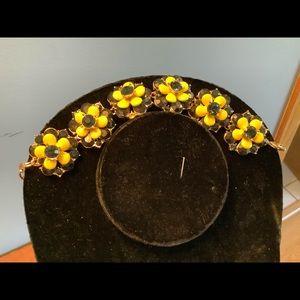 Bracelet. Yellow and black
